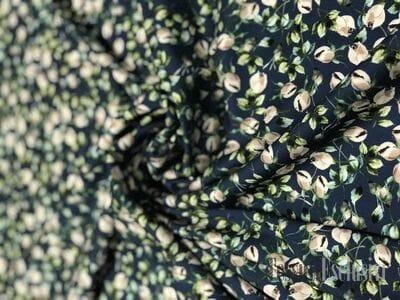 Шелк-креп в цветочек синий