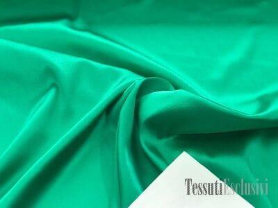 Шелк однотонный атласный зеленый