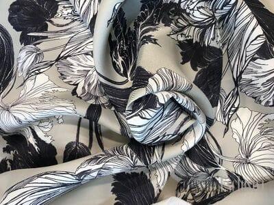 Шелк с хлопком черно-белые цветы