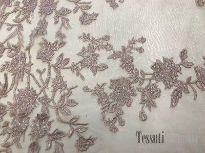 Сетка  пудровая с вышивкой цветы