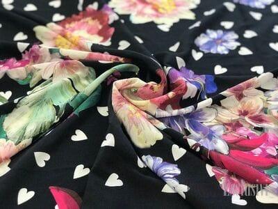Шелк черный с сердечками и цветами VDP